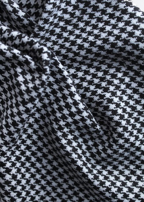 Black and white dogtooth